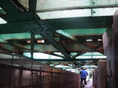内川から東海道本線