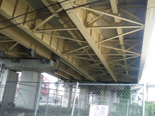 水無川から中央高速