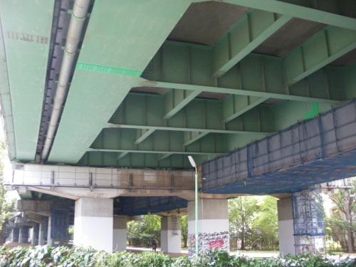 烏山川から中央高速